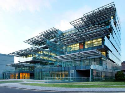 Биоклиматическое энергоэффективное здание научно-исследовательского центра в Пекине