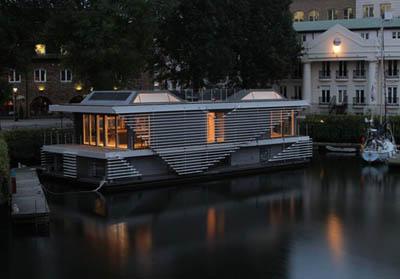 Энергоэффективный эко-дом в Лондоне, плавающий по Темзе